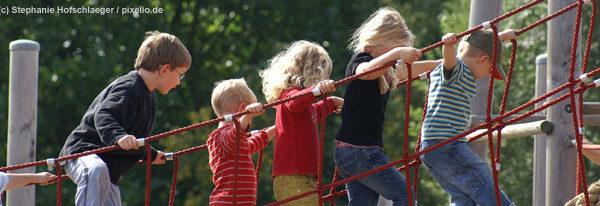 Wie Kinder spielen lernen