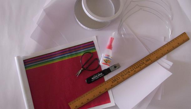 Materialien für eine Laterne aus Transparentpapier