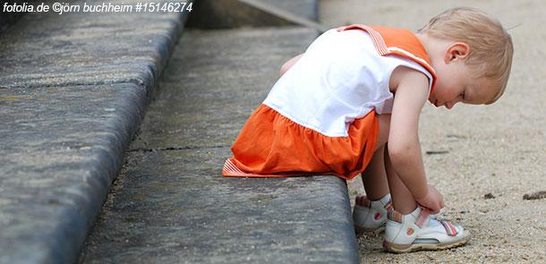 Kleinkinder können vieles schon alleine und möchten das auch zeigen.
