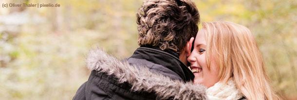 Wie das Liebesglück Routine und Stress übersteht