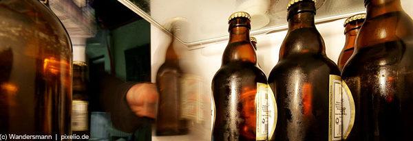 Wie schütze ich mein Kind vor Alkoholexzessen?