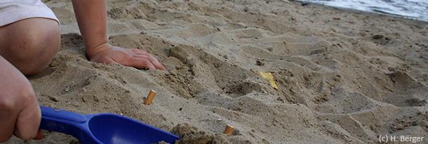 Warum sich Kleinkinder beim Sandburgbauen vergiften können