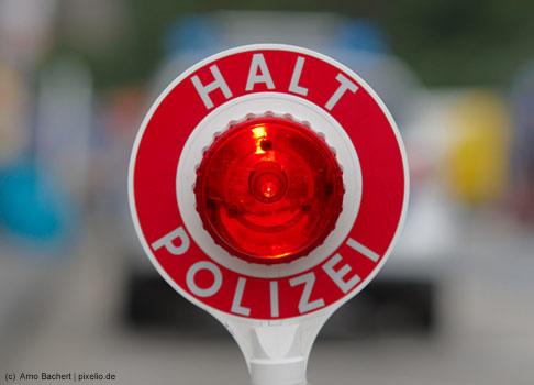 Auf Platz 10 der weiblichen Traumberufe liegt mit 2,1% die Polizistin.