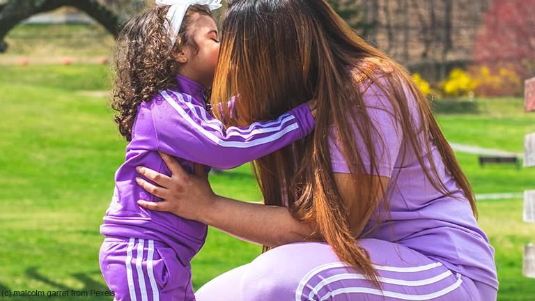 Bin ich gut genug? – So stärken Sie das Selbstbewusstsein Ihrer Kinder