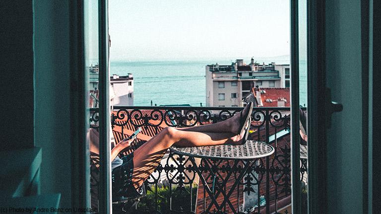 Familiensommer auf dem Balkon