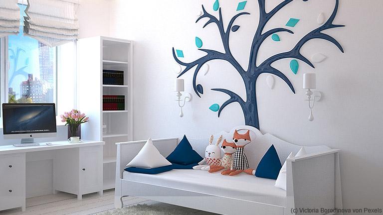 Ein Reich für Kinder schaffen im Kinderzimmer