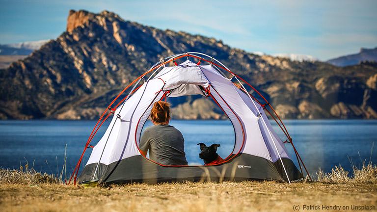 Mit diesen 7 Tipps & Tricks gelingt der Campingurlaub mit der Familie