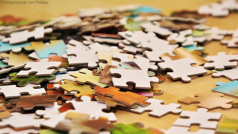 Puzzeln hat eine beruhigende Wirkung und lässt die Zeit wie im Flug vergehen