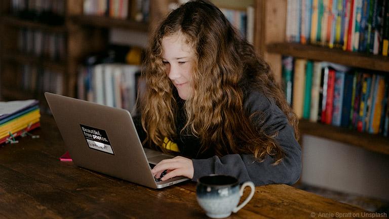 Wie können Jugendliche im Internet sicher bezahlen?