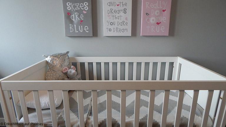 Nachhaltige Kindermöbel: Kinderbett aus Massivholz