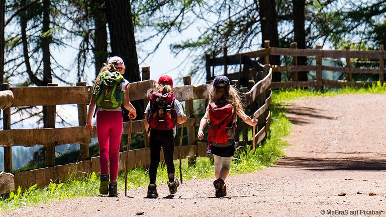 Wanderurlaub mit Kindern: Ab in die Natur!